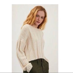 Ivory ribbed pullover sweater medium